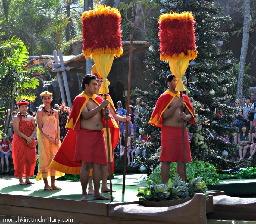 Polynesian Cultural Center canoa pageant - Oahu, Hawaii