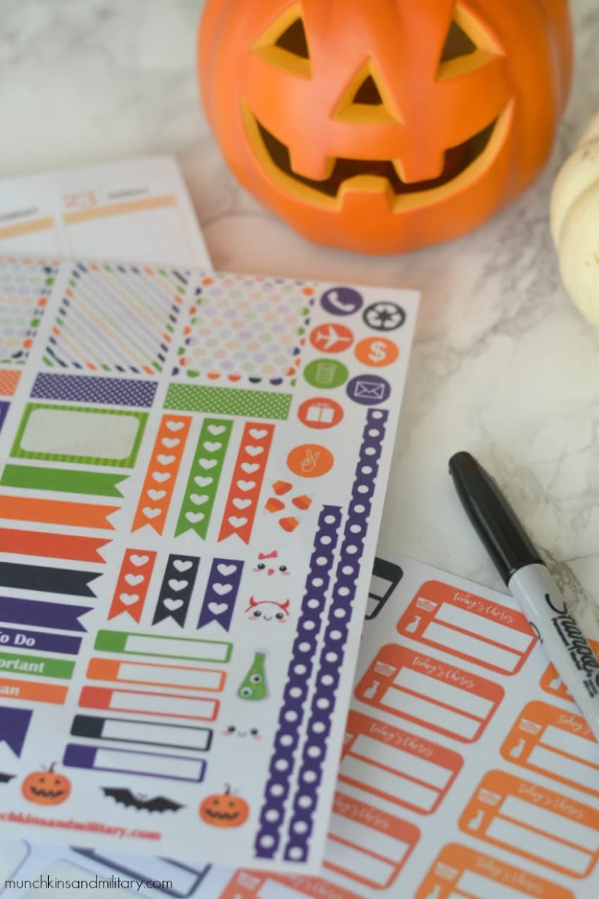 Free printable Halloween planner stickers - Cricut & Silhouette
