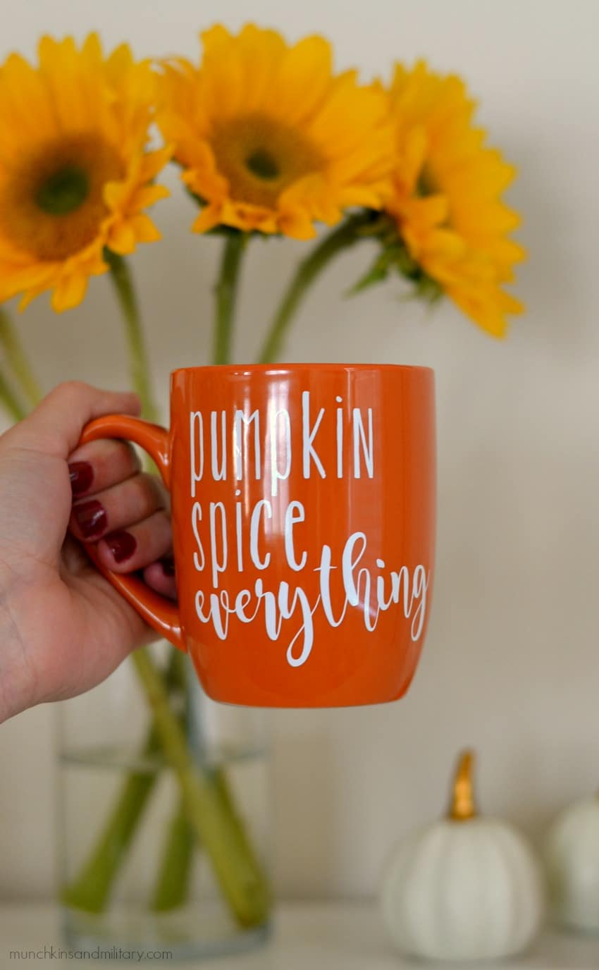 Pumpkin spice everything mug craft - Cricut craft idea