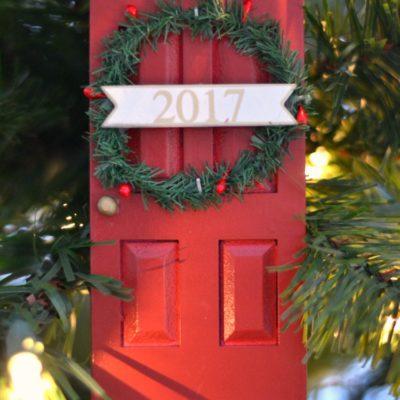 Our 2017 Christmas Tree – Christmas Trees on Parade